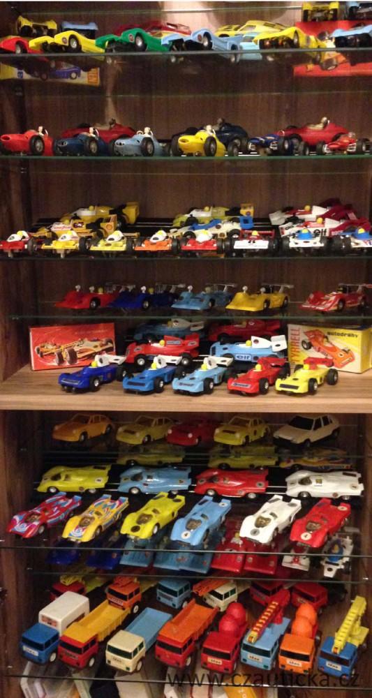 Sbírka autíček ITES